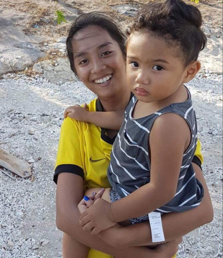 Jessa Mae, Philippinen, 20 Jahre alt