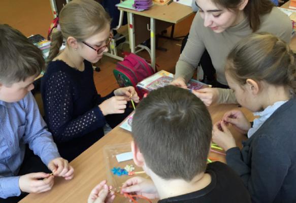 Elizaveta (19), Russland, gerne nach Friedrichshafen, Führerschein